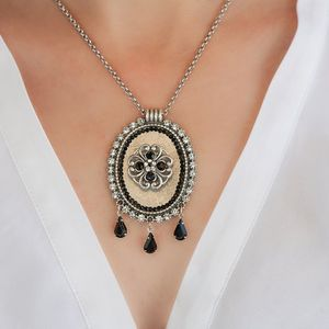 Black Choker Necklace With Black And Crystals - Rhinestone Jewelry - Victorian Jewelry - Statement Jewelry - Impressive Jewelry
