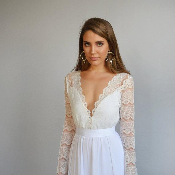 Bohemian Wedding Dress Boho Wedding Dress Lace Wedding Dress Lace Gown Romantic Wedding Dress Long Sleeves Wedding Dress Deep V Neck
