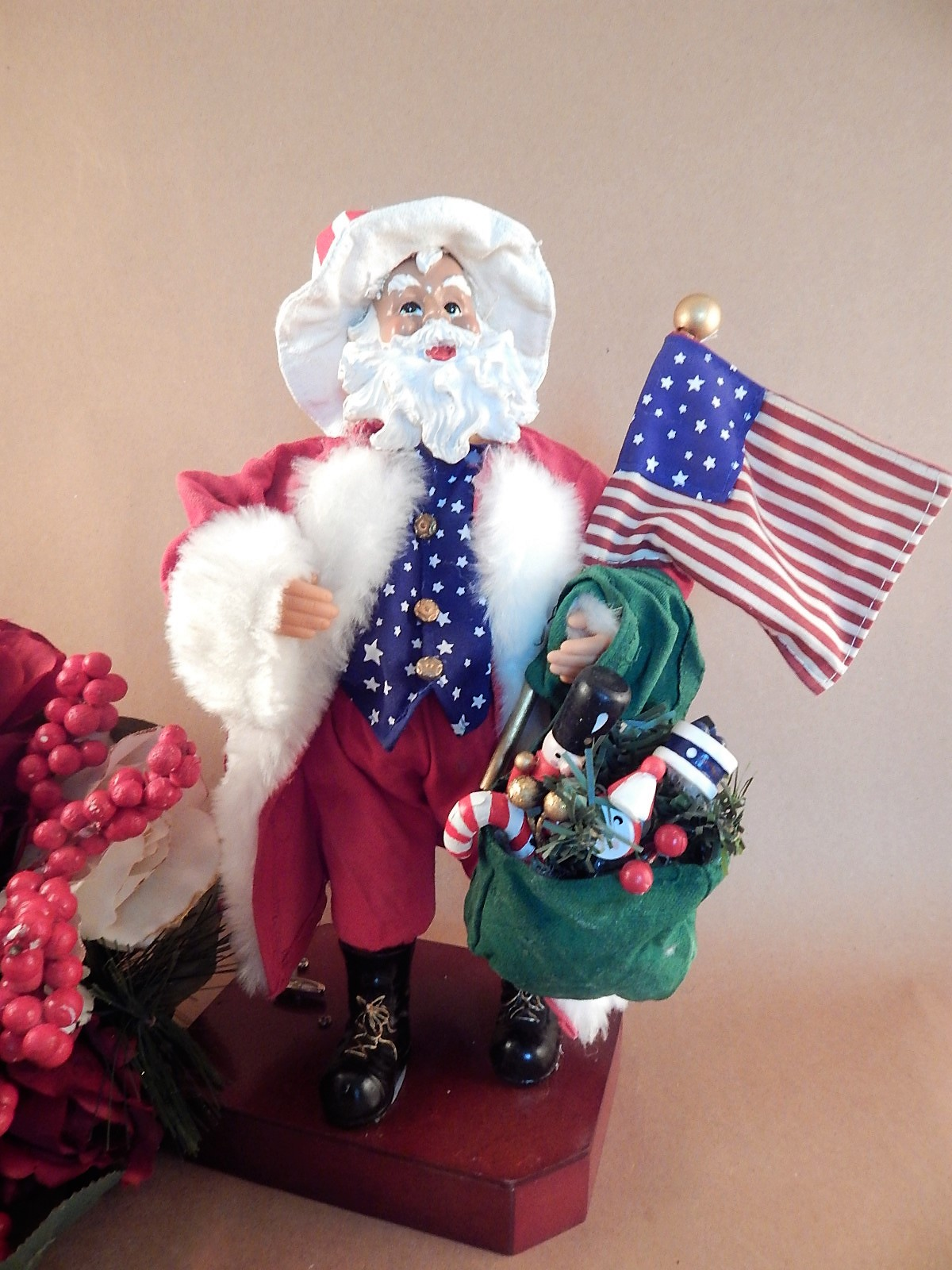 Santa Claus Figurine Music Box Plays Stars and Stripes Forever Patriotic USA Americana Vintage 1990s Collectible Christmas Decoration