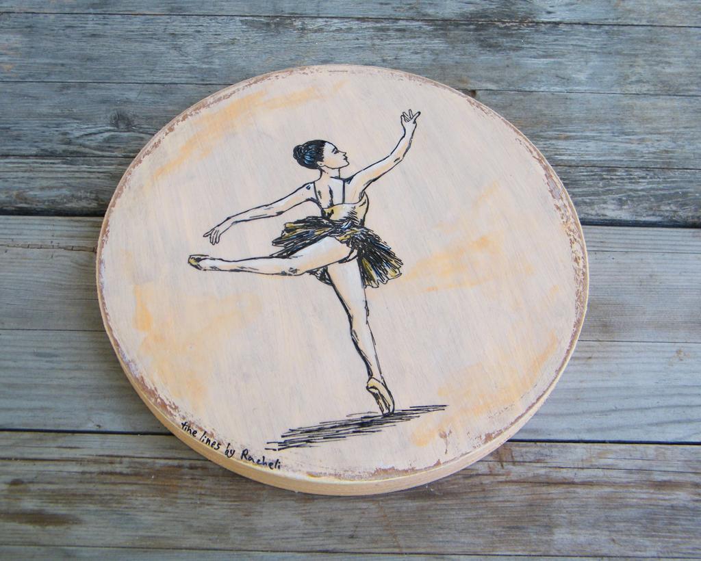 dance teacher gift,girls bedroom decor,dance ornament gift for ballet Dancer jewelry organizer Ballerina figure Wood Ring holder