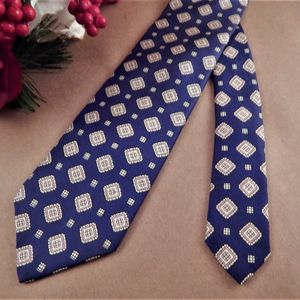 Mens Necktie Silk Tie Gant Blue and Beige Geometric Squares Neckwear Vintage Mens Apparel Business Suit Formal Accessory