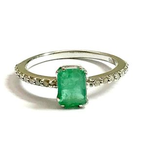 DAINTY EMERALD DIAMONDS Engagement Ring , May birthstone ,emerald faceted ring ,925 Silver emerald ring ,emerald jewellery...
