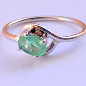 AAA NATURAL EMERALD Ring , May Birthstone, Green Beryl , Promise Ring , 20th n 25th Anniversary Gift , Gift For Girlfriend..