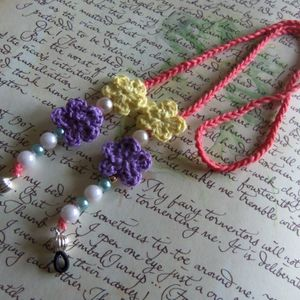 Rouge Crochet Eyeglasses Strap With Crochet Flowers And Beads. Handmade Eyeglasses Strap.