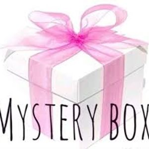 Boudoir  Vintage Sampler Box 3-Piece Curated Feminine Mystery Vanity Decor Treasure Box Gift Free Shipping Subscription Trial.
