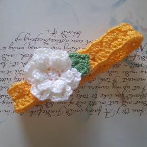 Baby Headband. Crochet Baby Headband. Handmade Baby Headband. Yellow Crochet Headband.