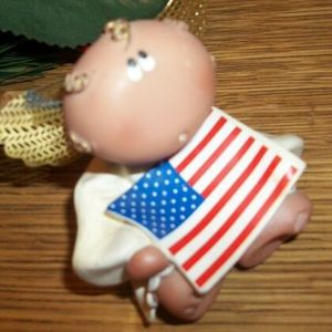 American Flag Angel Figurine Kirks Kritters Whimsical 2001 Collectible Russ Berrie Angel Cheeks