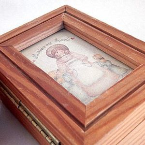 Jewelry Box Ring Keeper Mothers are Special Wooden Gift for Mom Vintage Keepsake Trinket Storage Box