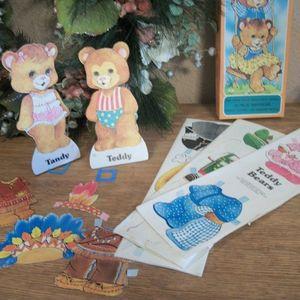 Teddy Bears Paper Dolls Vintge 1973 Childrens Toy