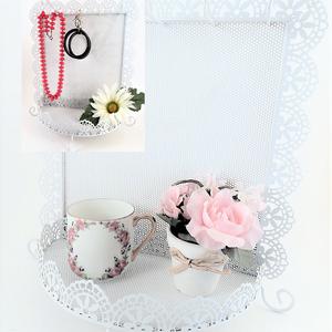 Jewelry Storage Rack Earring Organizer Necklace Hooks Dresser Top Accessory Tray Wall Hanging Scalloped Edge Filigree White Metal Boudoir Decor